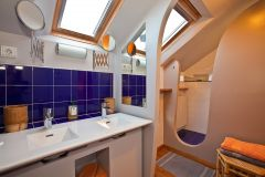 Salle de bain de la chambre DEUX