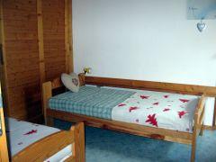chambre avec lits simple