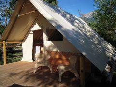 Camping le petit liou : Tente toile et bois