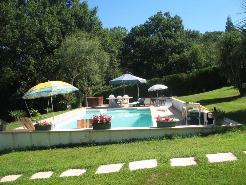 C te basque bayonne location d 39 une maison avec acc s la piscine chauff e des le 24 5 - Piscine haut de bayonne ...