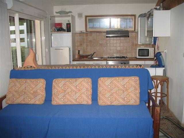 c te basque bayonne location d 39 une maison avec acc s la piscine chauff e des le 24 5. Black Bedroom Furniture Sets. Home Design Ideas