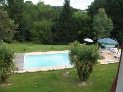 Côte Basque,Bayonne location d'une maison avec accés à la piscine chauffée des le 24/5