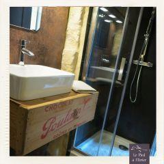 La salle de bain - détail