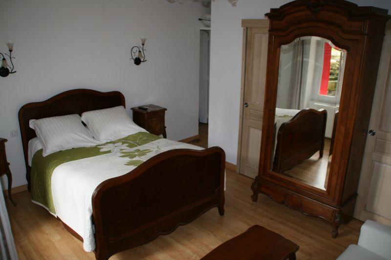la roseraie bourges cher. Black Bedroom Furniture Sets. Home Design Ideas
