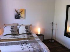La chambre au lit de 200 x 160