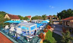 Gites en Dordogne avec piscine chauffée proche de Sarlat