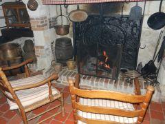 Le gite des 3 Vaches : feu de cheminée