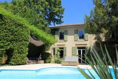 Le Cygne Noir, Maison d'hôtes meublée avec charme, piscine chauffée