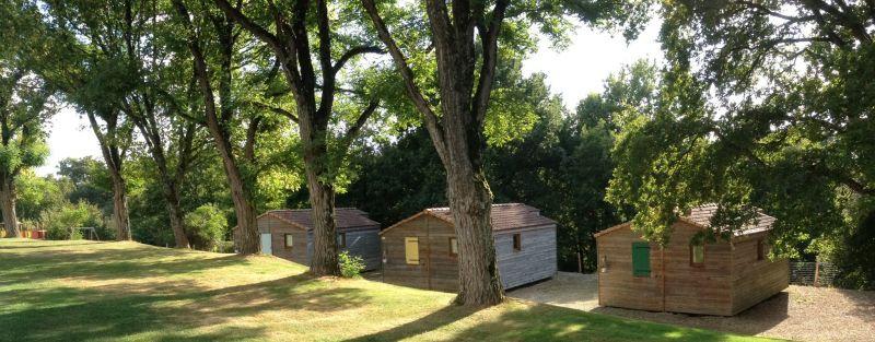 Camping et chalets c t de la voie verte bressuire for Piscine de bressuire
