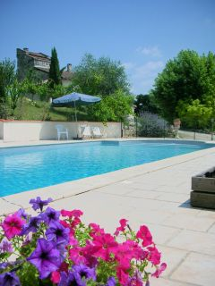 Campings avec piscine chauff e couverte privative for Camping lot et garonne avec piscine
