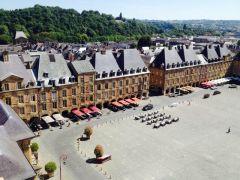 La Place Ducale