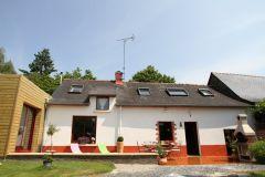 la maison et sa terrasse