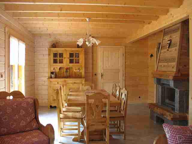 magnifique chalet de montagne avec sauna ambiance cocooning proximit voie verte et lacs. Black Bedroom Furniture Sets. Home Design Ideas