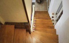 L'escalier vers les chambres