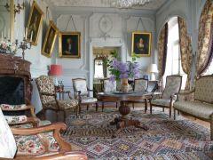 Grand salon , avec vue sur la Loire