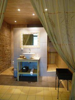 Salle de bain Mouge