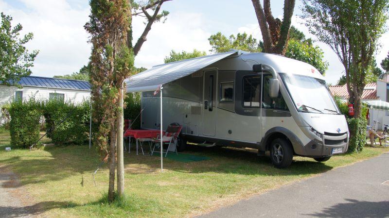 Camping aux coeurs vendeens camping for Garage automobile saint jean de monts