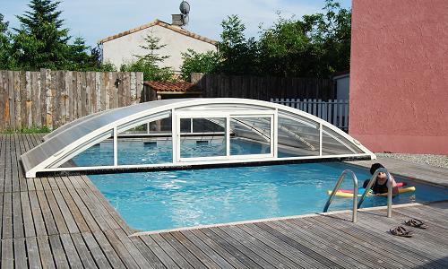 le moulinet g te de groupe avec piscine g te rural. Black Bedroom Furniture Sets. Home Design Ideas
