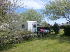Emplacement camping spacieux à la Pointe du Talud