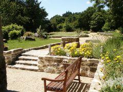 Terrasse avec vue dégagée sur le jardin qui vous est réservé