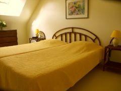 Chambre 2 avec 2 lits en 90 cm