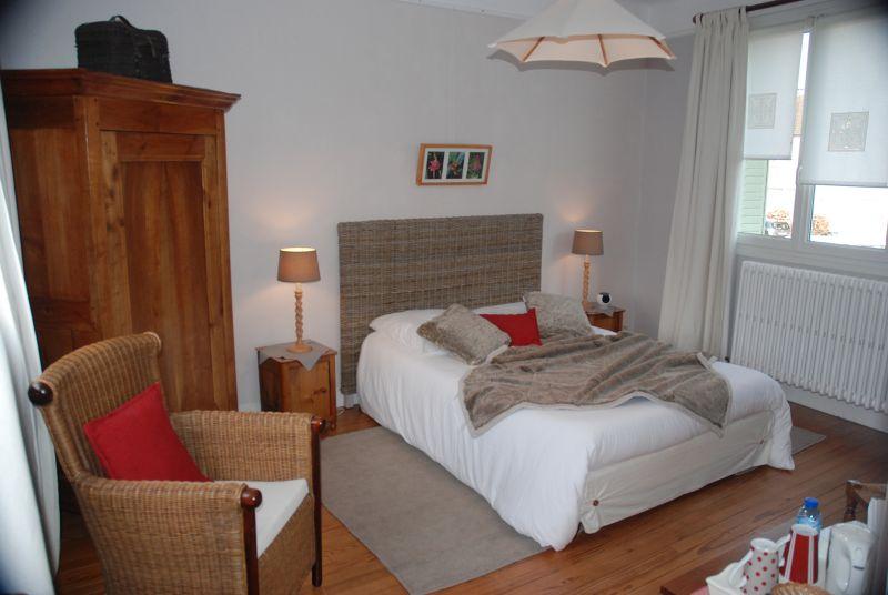 maison d 39 h tes les kiwis chambre d 39 h tes. Black Bedroom Furniture Sets. Home Design Ideas