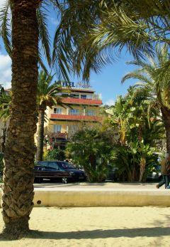 hotel face la plage