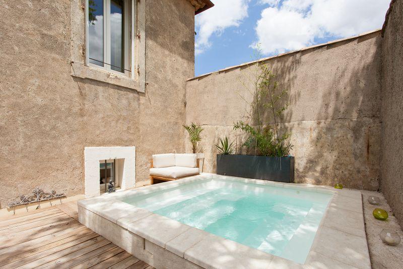 Loustalou maison 7 pers avec jacuzzi et piscine chauff s for Piscine jacuzzi
