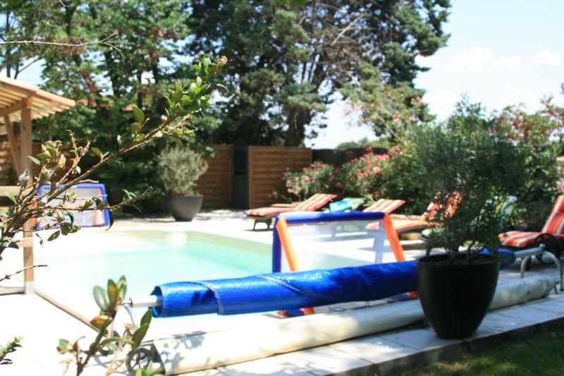 Loustalou maison 7 pers avec jacuzzi et piscine chauff s for Piscine beziers