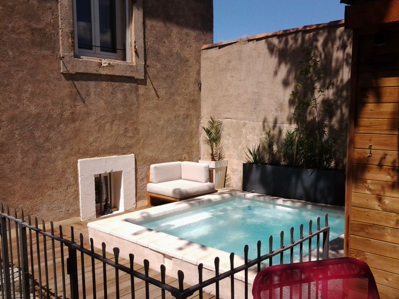 Loustalou maison 7 pers avec jacuzzi et piscine chauff s for Piscine coque avec jacuzzi