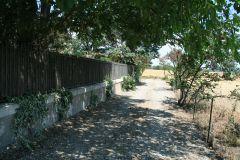 Chemin privé, accés au gite