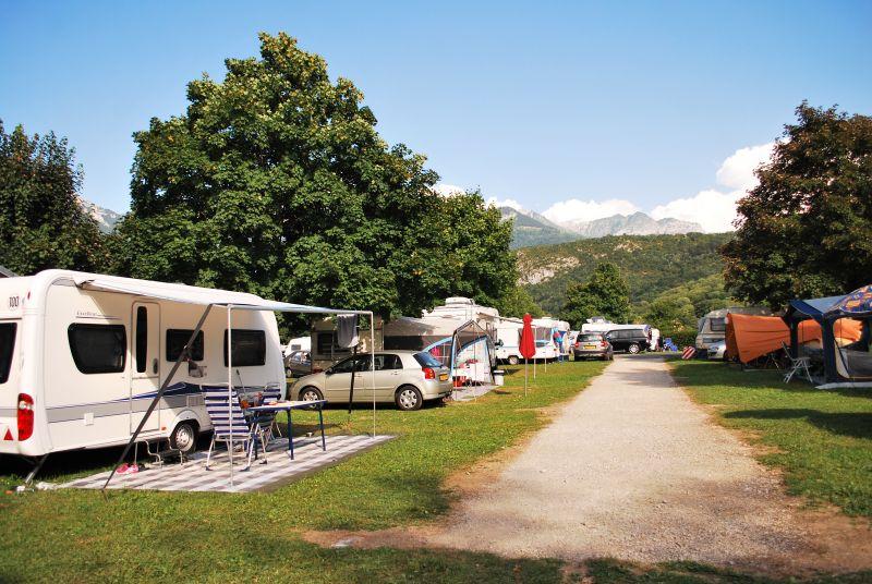 Allée du sommet du camping