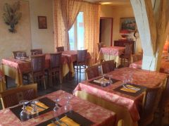 restaurant et petits dejeuners