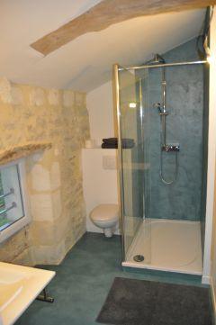 la salle d'eau de la chambre double