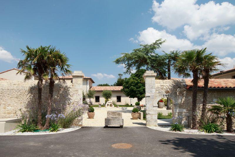 Entrée Laguna Lodge Résidence