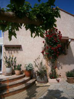 maison classée 3* dans cadre de verdure -WIFI-parking interieur-
