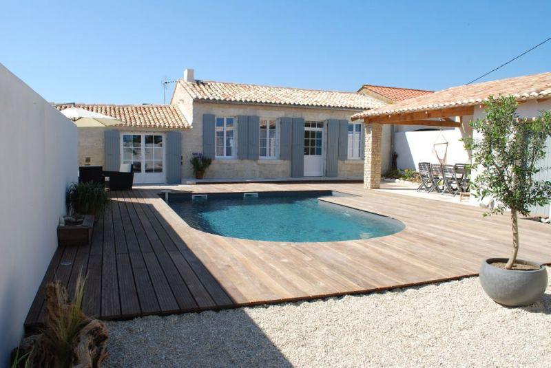 Location de charme avec piscine chauff e pour 8 personnes for Location maison avec piscine ile d oleron