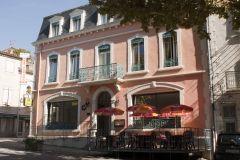Hôtel** Logis de France