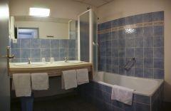 Salle de bain chambre double ou triple