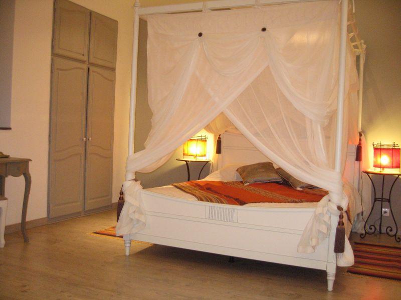 chambres d 39 h tes en gironde pondaurat gironde. Black Bedroom Furniture Sets. Home Design Ideas