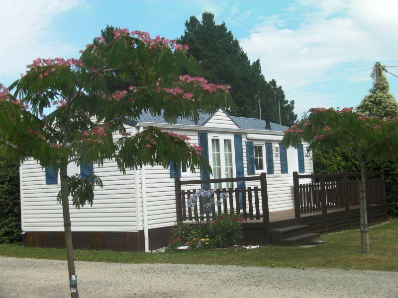 camping le cadran solaire location de mobil home tour du parc morbihan. Black Bedroom Furniture Sets. Home Design Ideas
