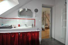 salle d'eau de la chambre coquelicot.