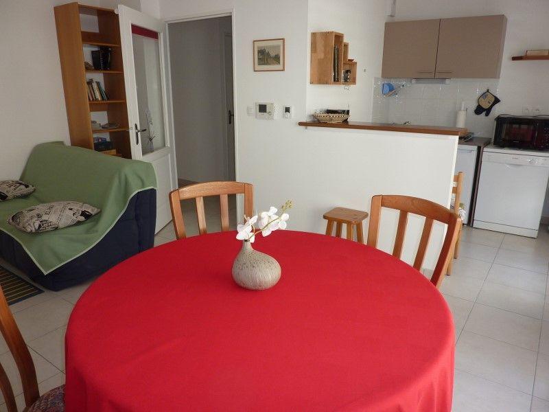 bellevue meubl appartement voie verte dinard evran. Black Bedroom Furniture Sets. Home Design Ideas