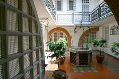 Le patio Hotel Royal Wilson près de la Place Wilson