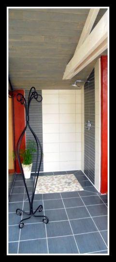 Douche près du Spa