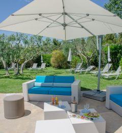 Espace lounge piscine