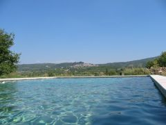 Gite de charme avec piscine,vue panoramique, calme