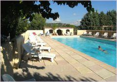 la piscine commune de la bastide de la Peyrolière