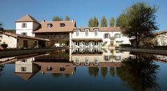 Le Mas des Bories / Hôtel 3* - Restaurant / 3 km de la voie verte des Berges de l'isle Périgueux