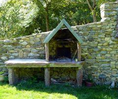 Barbecue en pierre du Pays
